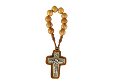 TIENTJE met kruis paus Franciscus