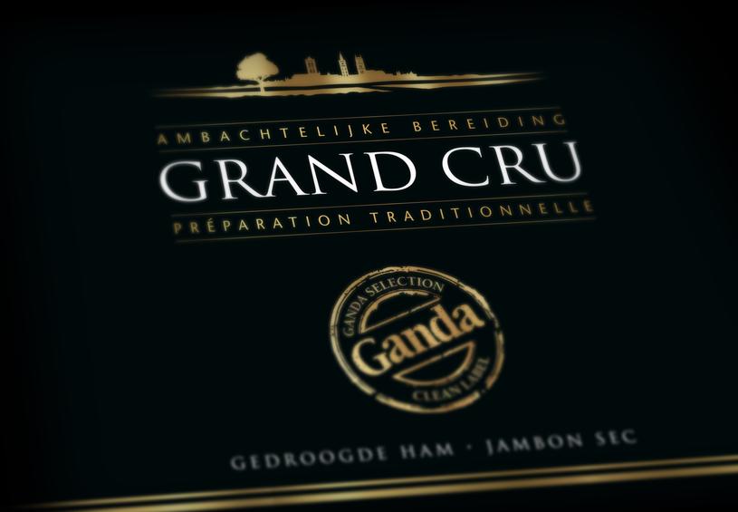 Het nieuwe design van Grand Cru straalt evenveel luxe uit als de vleeswaren zelf٠Vizier٠grafisch ontwerp Brugge